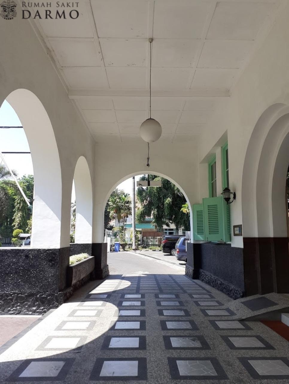 Rumah Sakit Darmo Surabaya