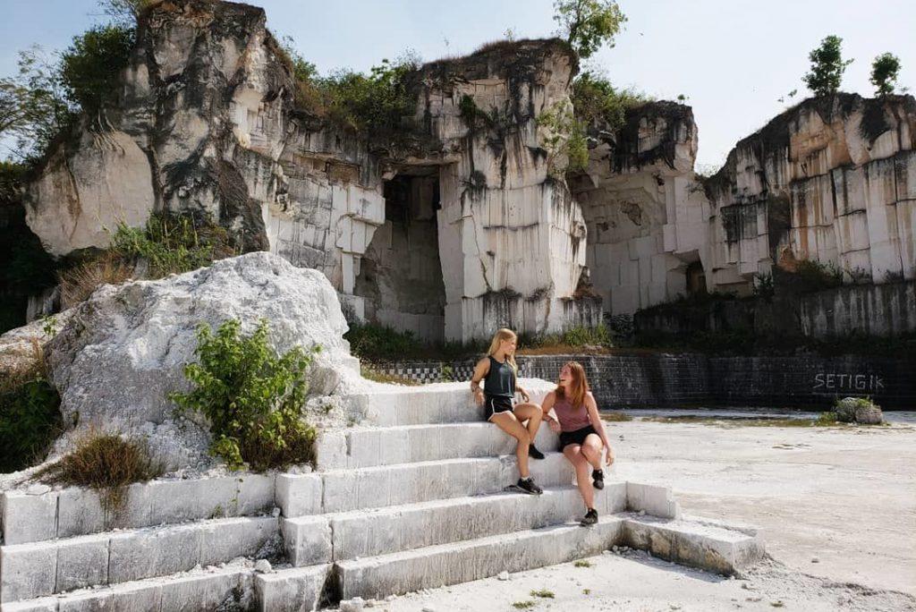 3 Wisata Bukit Yang Menakjubkan Di Gresik, Wajib Kalian Kunjingi!