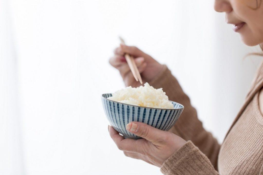 Mana Karbohidrat yang Lebih Baik untuk Diabetesi, Kentang atau Nasi Putih?